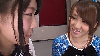 Aiku Sudo & Honoka Hoshino yon BFF's Aiku Coupled Wide Honoka - JapansTiniest
